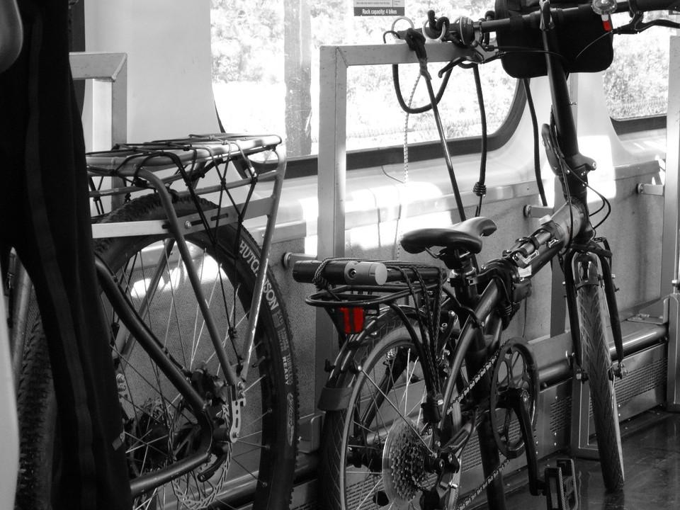 Vagones Exclusivos Bicis en Tren Caltrain SF (14)